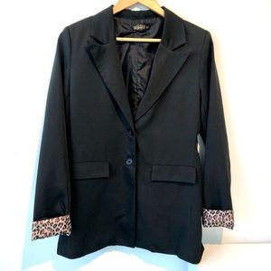 QED London   black blazer with leopard sleeve ends